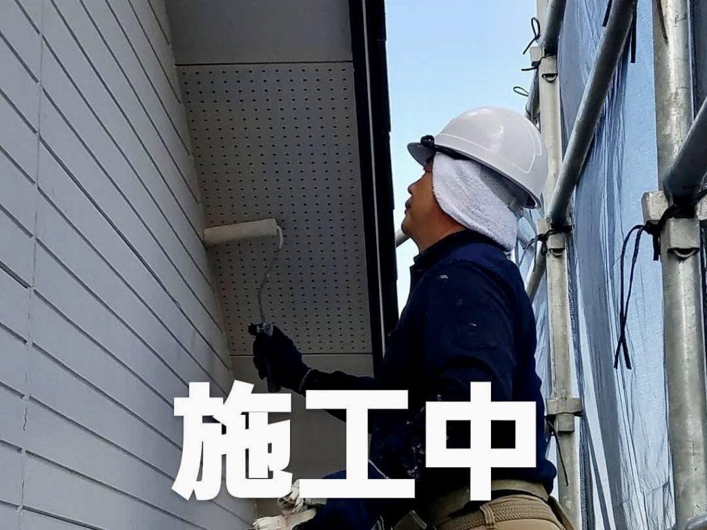 霧除け/破風邪塗装施工中(新潟市内)